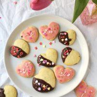 featured heart cookies