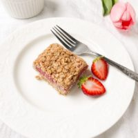 rhubarb strawbrry bars