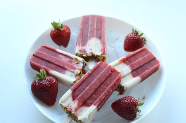 FEATURED STRAWBERRY POPSICLE