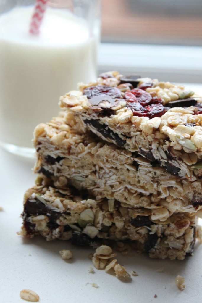 granola bar and milk